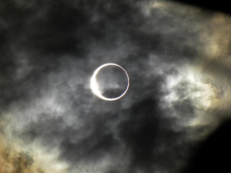 金環日食2012-e.jpg